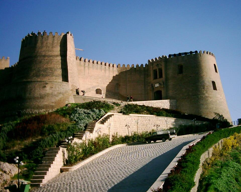 قلعه های تاریخی ایران
