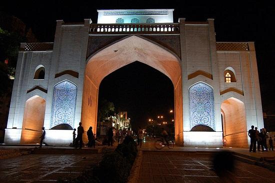 نور پردازی دروازه قرآن شیراز
