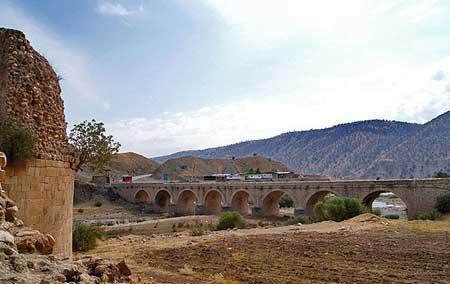 پل تاریخی کشکان