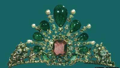 جواهرات سلطنتی ایران-نیمتاج فاطمه پهلوی