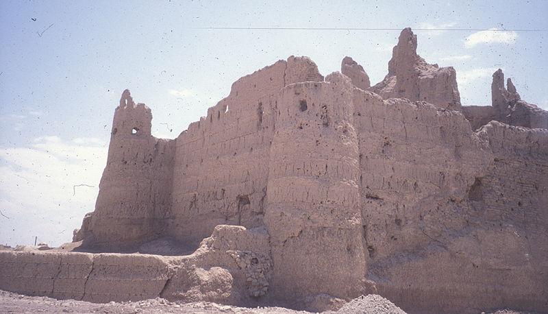 نارین قلعه، قدیمی ترین بنای خشتی جهان